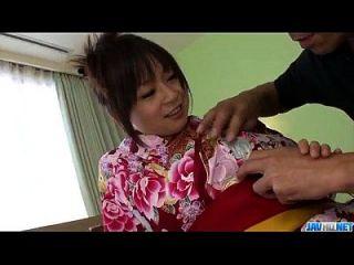 nozomi hazuki bekommt einen riesigen Schwanz in diesem warmen Vag