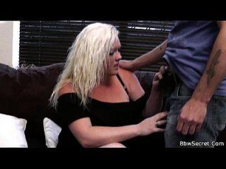 Ehemann Betrug mit sexy Blondine Plumper