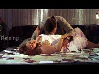 indische Mädchen voller Romantik antarasagi.com (720p)