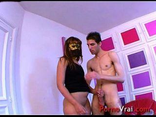 arab mädchen sabrina liebt es, vor porno videos zu masturbieren! französischer Amateur
