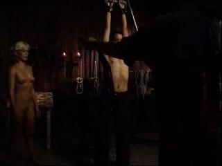 Bestrafung einer Jungfrau