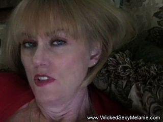 Amateur Gilf Schlampe Frau Melanie