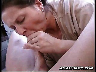 mollig Amateur Frau hausgemachte Blasen und ficken