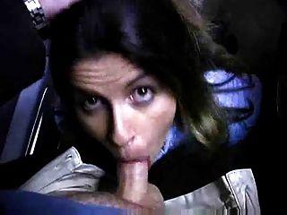 ein Blowjob im Parkhaus führt in ihren Augen zu cum!