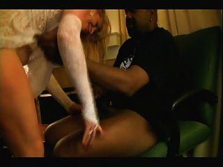 blonde weiße Braut mit schwarzen Liebhaber - hausgemachte interracial cuckold