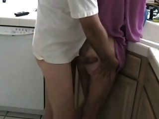 Mutter und ihren Sohn nicht