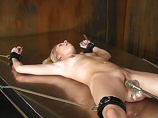 Bondage und Fickmaschinen (morgan) -23