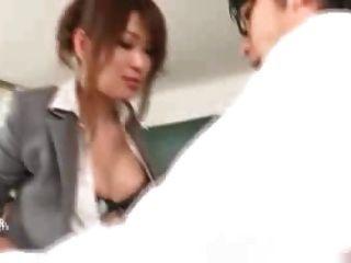 Japanische Lehrer gefickt von ihren Studenten & Lehrer 1