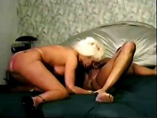 reife hot blonde Frau wird von bbc gefickt
