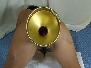 elmer Frau extreme Glaskugeln ihren Arsch zu füllen