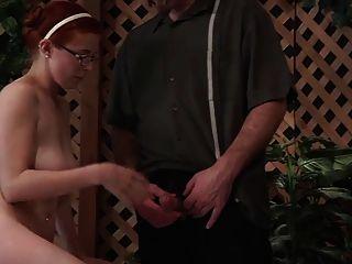 Vater gibt nicht Sexualerziehung wf Tochter