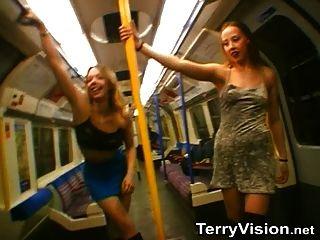 blinkt auf der Londoner U-Bahn - Teil 1