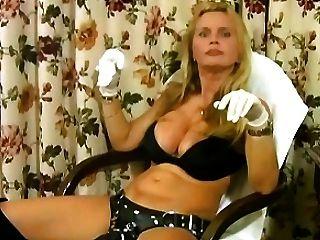 lisa berlin bull fucks Slave charles mit einem bösen strapon