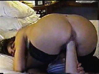 Pussy Faust & riesigen Dildo in Arsch (schlechten Sound)