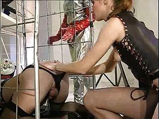 Deutsch Transvestiten triple anal Faust und Fuß Fisting