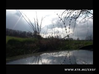 Amateur Freundin Hardcore-Action in ihrem Auto
