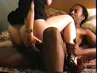 Swinger Frau Schlampe mit ihren großen schwarzen