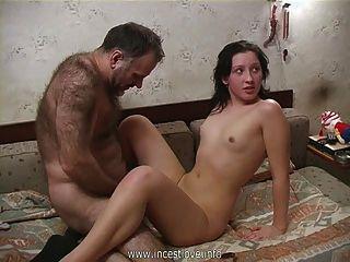 alter Mann junge Mädchen ficken