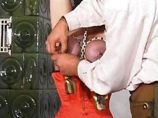 reifen molligen hardcore Muschi Folter