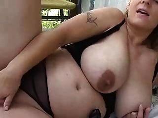 blond molliges Mädchen für Webcam (dm) spielen