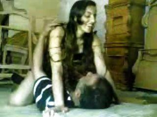 Arabisches Mädchen ficken älter arabischer Mann