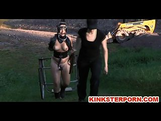 ponyslave pervertieren bdsm Outdoor-Training
