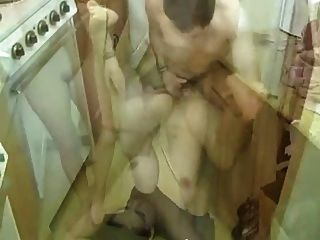 freche Hausfrau