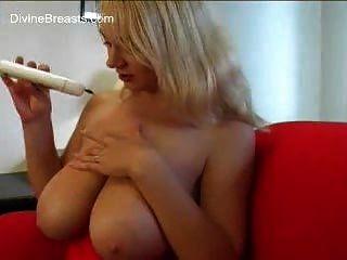 größten natürlichen Brüste überhaupt!