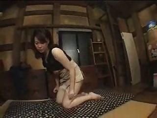 verheiratet japanische Frau wird in Anspruch genommen