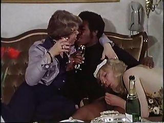 Jahrgang 70s danish - groß und schwarz (Deutsch Dub) - CC79