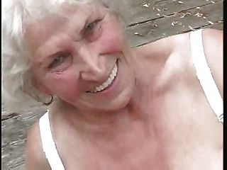 Oma noch geil ... bmw