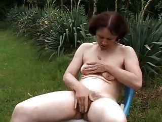 die Natur genießen im Garten