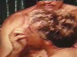 John Holmes einen Kerl schwer in seltenen Szene Homosexuell ficken