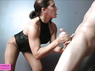 Sorority Sexsklavin Studien cum auf Strumpfhosen Bondage