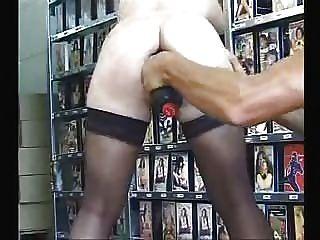 große Spielzeug in ihren Arsch