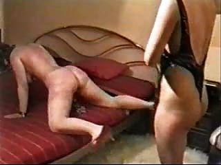 mein Sklave Frau hart gepeitscht!