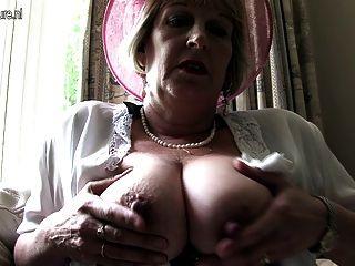 noble Mutter aus London gehen ungezogen