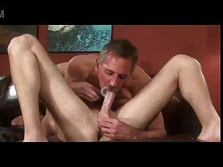 grauen Bart alten Vater Jay Taylor küssen lecken junge Mann ficken