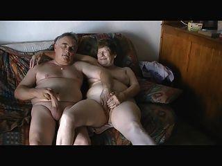 reifen offen masturbieren Exhibitionisten Paar