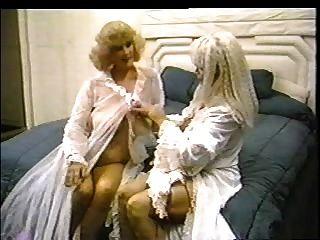 klassische Szene - klassische Damen.