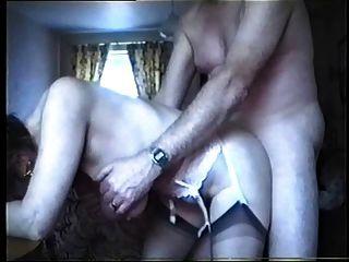 schlaffe Titten - Oma von hinten gefickt