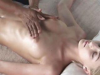 sinnliche Massage (mrno)