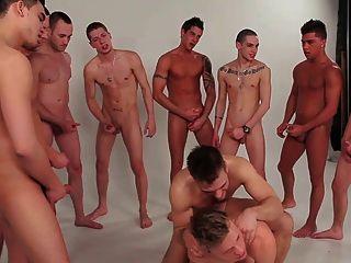 Homosexuell Jungen gang bang Gruppe Twinks 2 schwule jungs