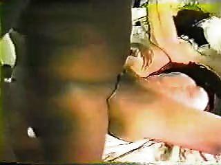 echte Frau genießt Dildos Schwarze & 80er Jahre Musik Teil 2 lesen Sie bitte & Kommentar :-)
