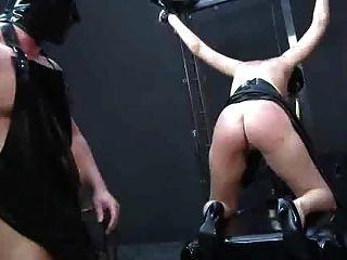 Knechtschaft ...... Schmerz Fisting Demütigung