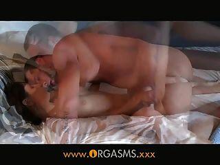 Orgasmen - ihr Körper für Sex gebaut