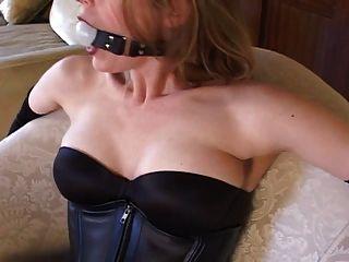 Bondage mit sexy Strümpfe und High Heels (schwarz 6inch Pumpen)