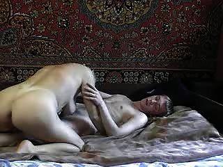 hot russische Tantchen mit jungen Mann