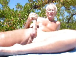 ältere Männer am Strand Cumming