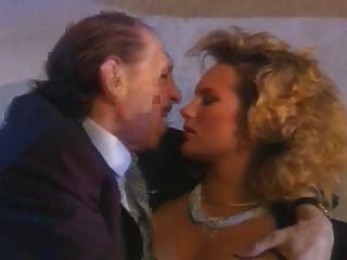 ein italienisches cornuto und seine heißeste Frau